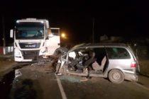 Fără permis, cu un autoturism neînmatriculat și sub influența alcoolului a provocat un accident rutier
