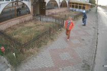 Bănuit de furt din Piatra Neamț, căutat de polițiști
