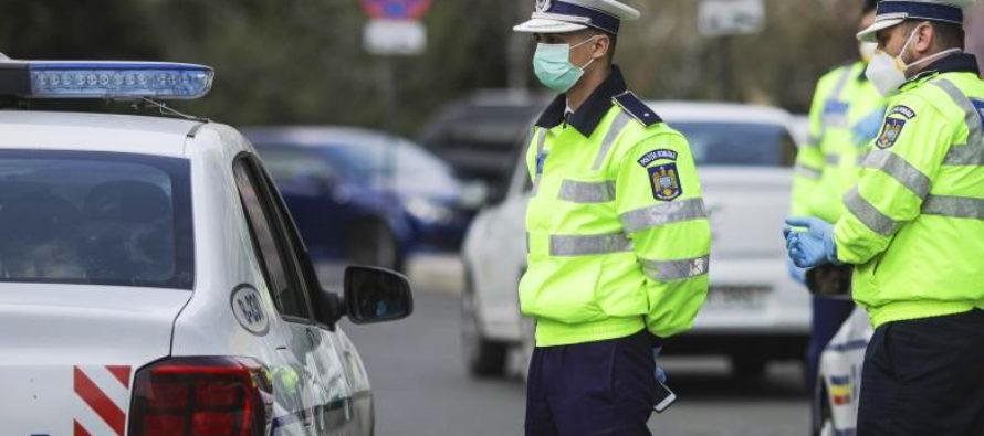 Șoferi, bicicliști și pietoni amendați pentru că nu au respectat regulile de circulație