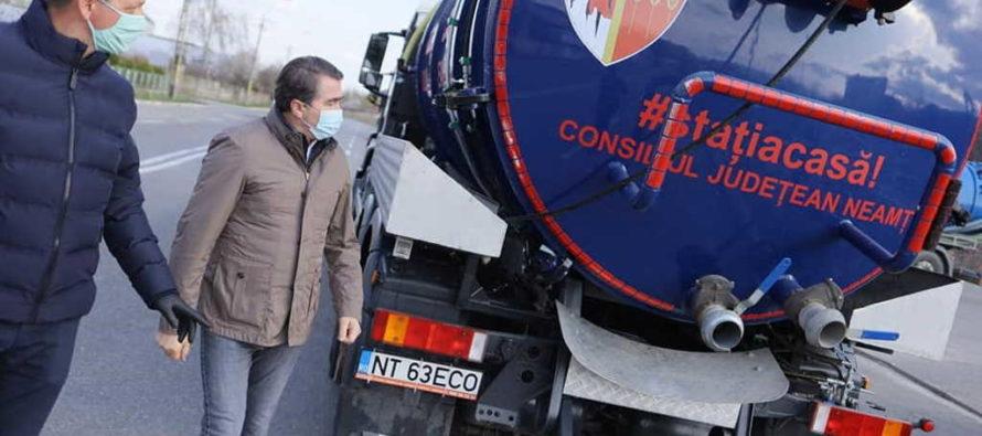 Operațiuni de dezinfecție pe drumurile administrate de CJ Neamț