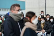 Amenzi pentru afișe prin care se interzice accesul cetățenilor în supermarket-uri fără mască