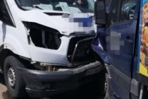 Accident rutier între două autoutilitare în comuna Pipirig