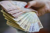 Cine plătește alocația de hrană și cu indemnizația de cazare a personalului aflat în izolare la locul de muncă