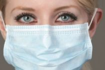 Masca de protecție a devenit obligatorie în perioada stării de alertă. Vezi când nu trebuie să o porți.