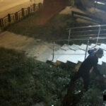 cautat de politisti pentru distrugere (4)