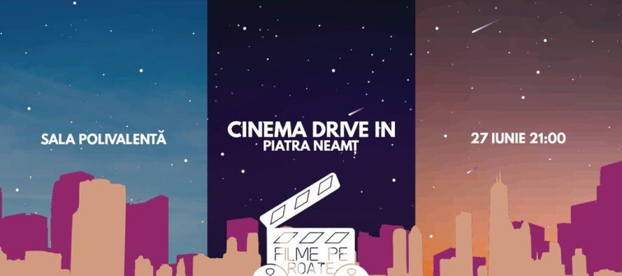 """""""Filme pe roate"""" – o seară de film Drive in la Piatra Neamț"""