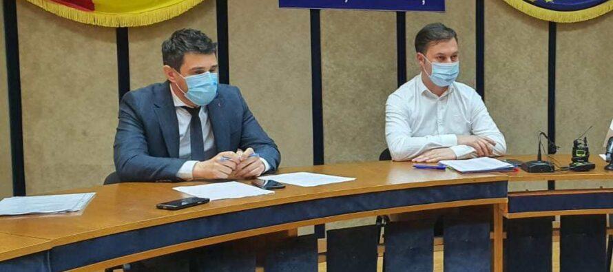 Rocadă cu pacienții COVID: sunt trimiși la Spitalul din Tg. Neamț, se redeschide Spitalul din Piatra Neamț
