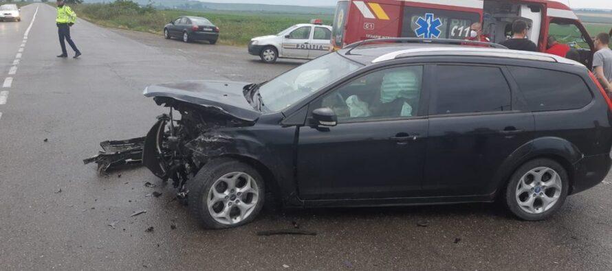 Accident rutier cu 4 victime în localitatea Izvoare, comuna Dumbrava Roșie