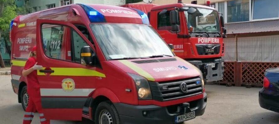 Incendiu la bloc de pe strada Ana Ipătescu din Piatra Neamț
