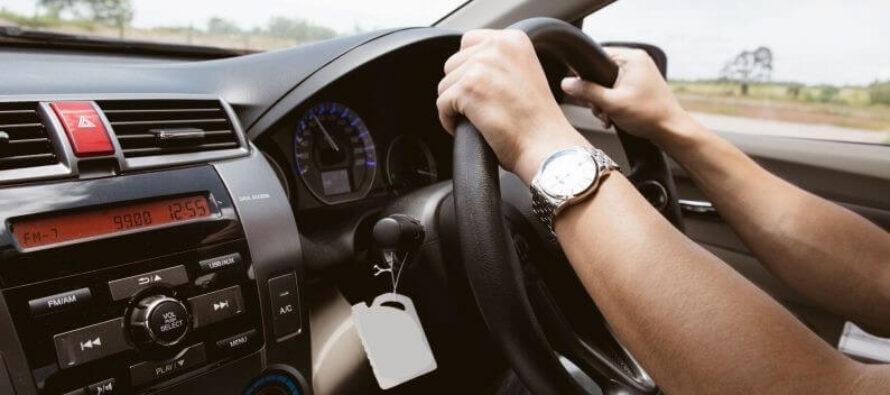 Ai cumpărat mașina cu volan pe partea dreaptă? Iată ce trebuie să știi.