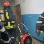 Incendiu garsoniera Piatra Neamt (7)