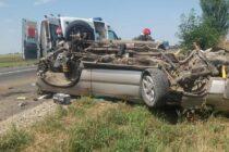 Două persoane rănite într-un accident pe raza comunei Săbăoani