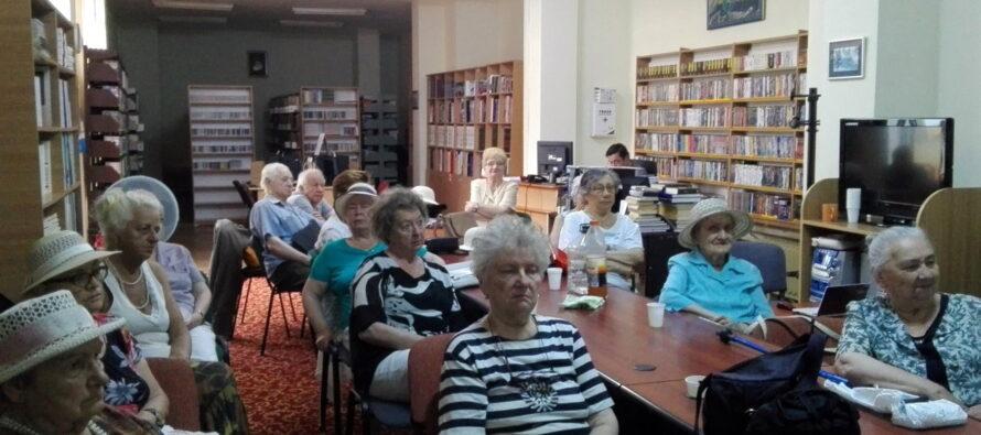Ziua Persoanelor Vârstnice sărbătorită la Biblioteca Județeană