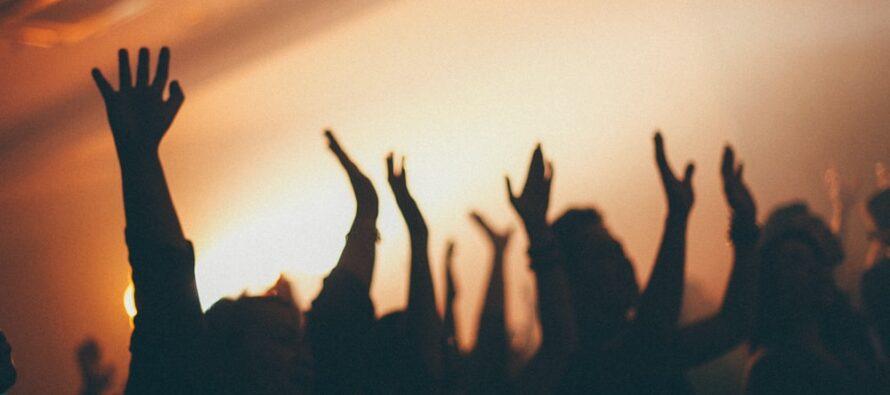 O aniversare cu 40 de invitați, în Tg. Neamț, a fost întreruptă de polițiști