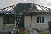 Gest extrem la Girov: a dat foc la locuință și s-a spânzurat