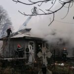 incendiu biserica Rasca com Draganesti (8)