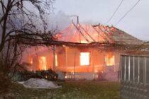 Două persoane din Războieni au murit arse de vii în locuință