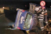 Un autoturism cu 2 persoane s-a răsturnat la Turturești