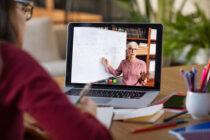 Elevii vor învăța online până la vacanța de Crăciun