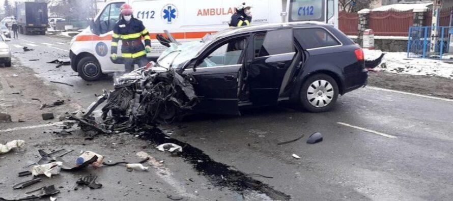 Accident rutier între un TIR și 2 autoturisme la Gâdinți