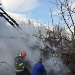 barbat carbonizat incendiu locuinta tarcau