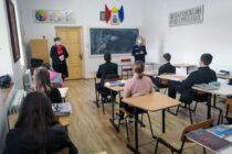 Acțiune a polițiștilor pentru prevenirea delicvenței juvenile
