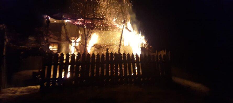 Un bărbat din Bălțătești și-a găsit sfârșitul ars în propria locuință