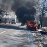 incendiu autoturism bodesti scurtcircuit electric