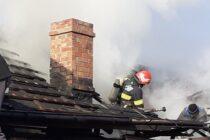 Incendiu puternic la o locuință din Adjudeni