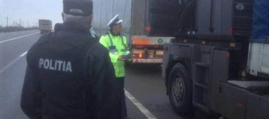 Transportatorii de marfă controlați de polițiști. Au fost aplicate peste 100 de amenzi.