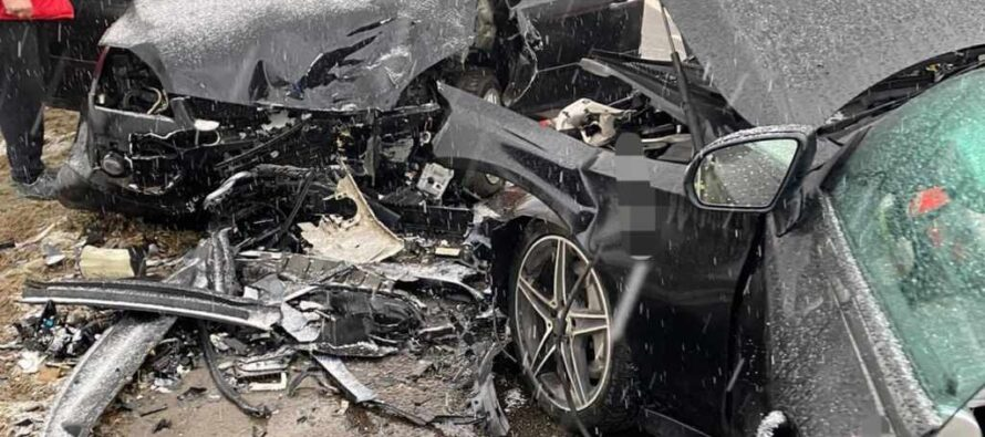 3 victime din 2 accidente rutiere în zona Roman
