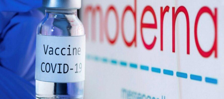 Programări pentru vaccinul anti-covid Moderna în două centre din Neamț