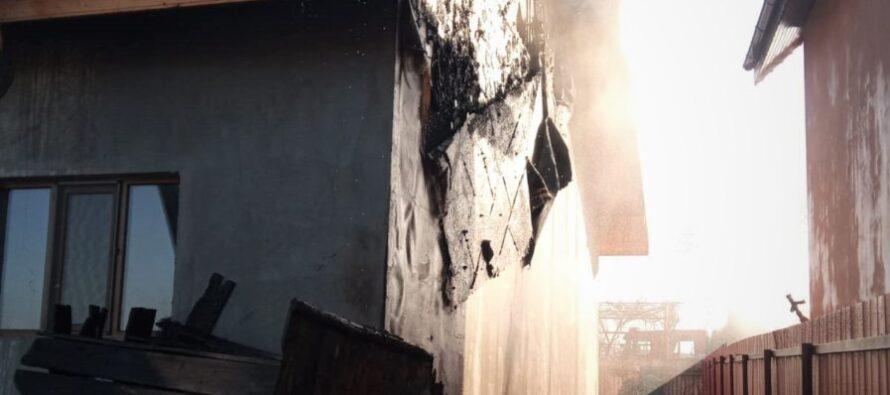 Incendiu la locuință din Păstrăveni provocat de un fumător neatent