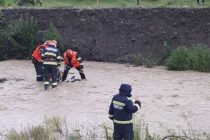 Un bătrân și-a pierdut viața după ce a fost luat de viitură în localitatea Almaș