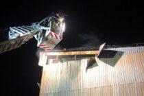 Incendiu puternic la o fabrică de lemn din Tg. Neamț