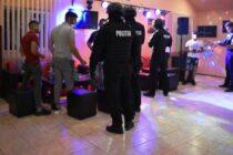 Razie în barurile și discotecile din localitatea Valea Ursului
