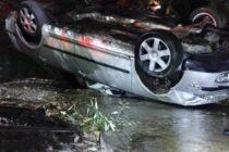Un autoturism s-a răsturnat într-un pârâu în comuna Bălțătești