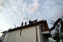 Incendiu la o locuință din Piatra Neamț provocat de un scurtcircuit