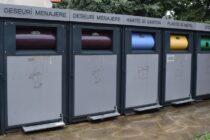 Pubelele și shelterele în care se colectează gunoiul în Piatra Neamț vor fi spălate periodic