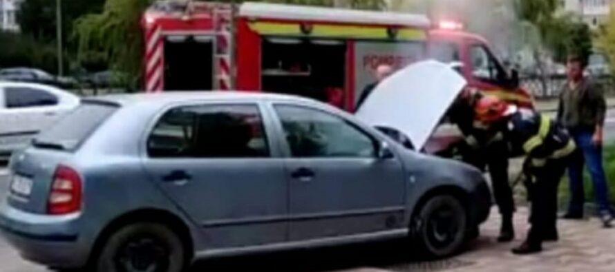 Un pompier aflat în timpul liber a lichidat un incendiu la un autoturism