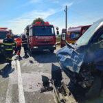 accident rutier autoutilitara ambulanta girov (2)